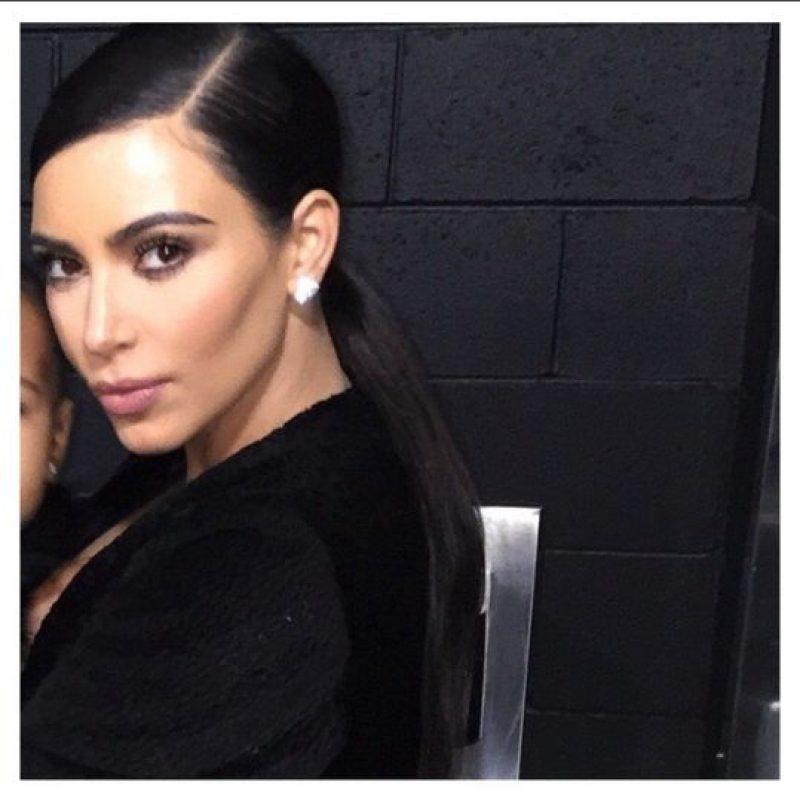Aquí Kim después de aplicar todos los correctores. Foto:Instagram/Kim Kardashian