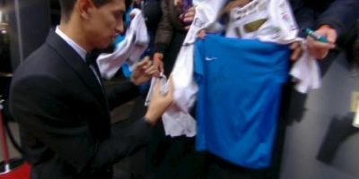 Ángel Di María no quiso firmar camisetas del Real Madrid. Foto: vía YouTube