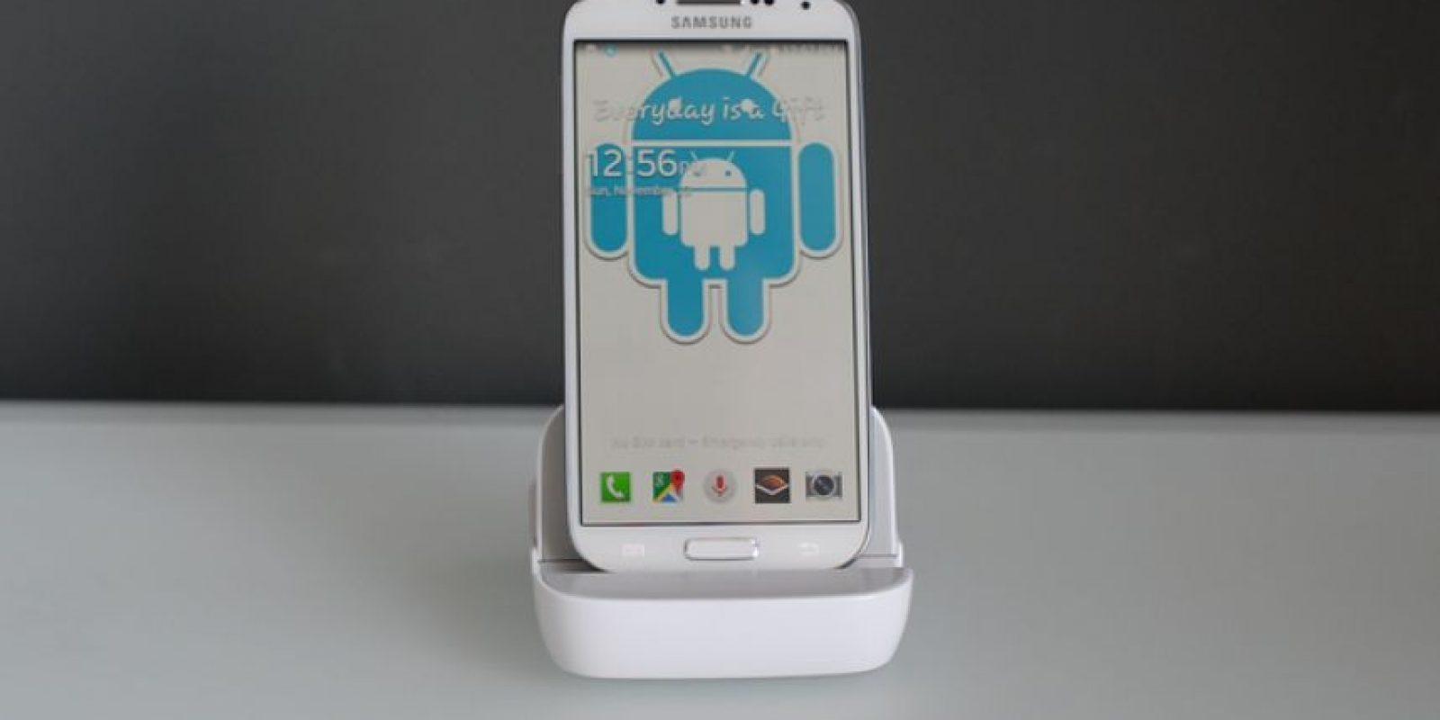 Funciona con Android, pero su diseño también recupera algo del estilo de Apple. Foto:Kickstarter/Andromium