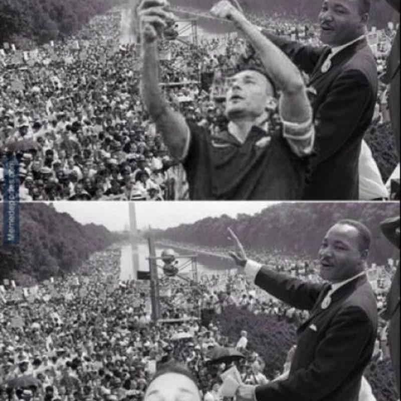 Mira los mejores memes de la celebración del delantero italiano Foto:Twitter