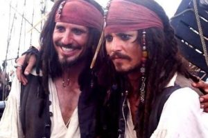 Johnny Depp Johnny Depp y su doble de acción.