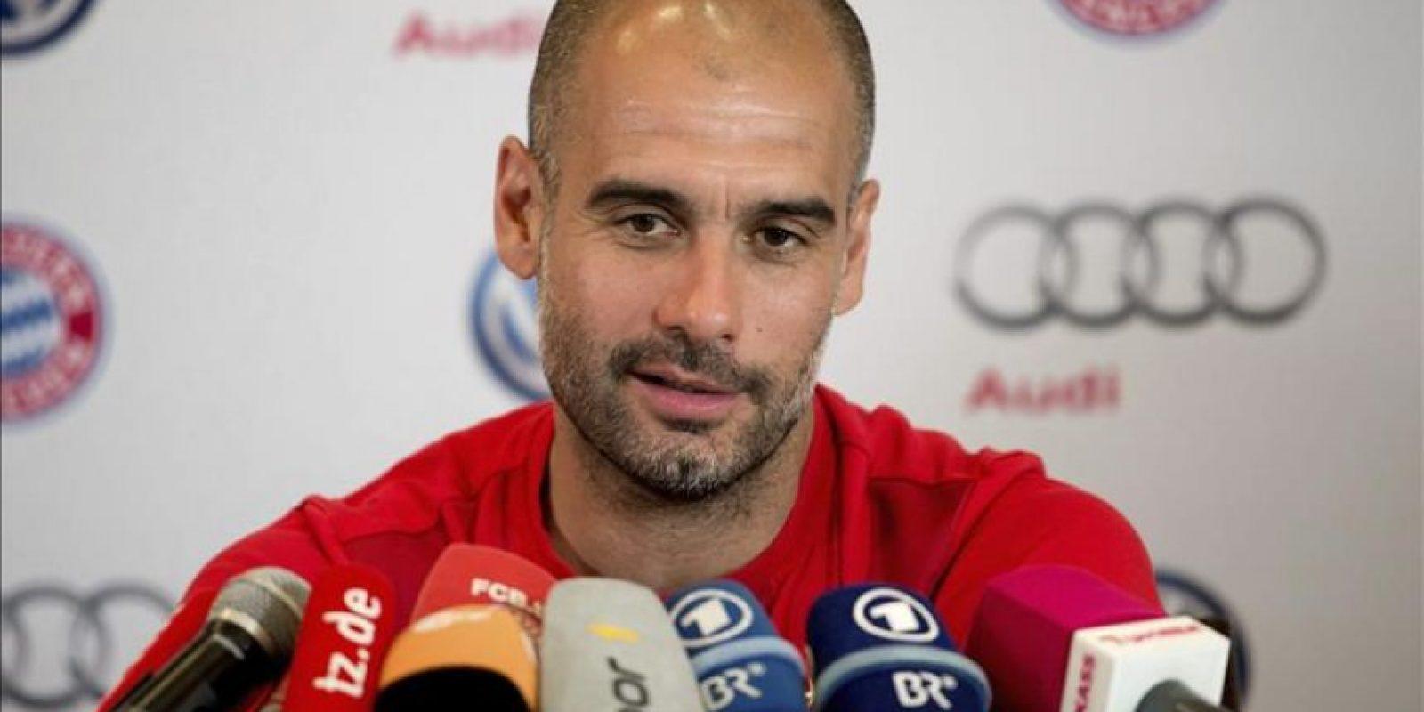 El técnico del Bayern de Múnich, el español Pep Guardiola, durante una rueda de prensa celebrada en Doha, Catar, hoy, 16 de enero de 2015. El Bayern se prepara para la segunda parte de la Bundesliga en el emirato hasta el próximo 17 de enero. EFE