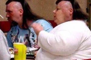 No hay muestra más grande que esta: Cortarse el cabello del mismo modo. Foto:Know Your Meme