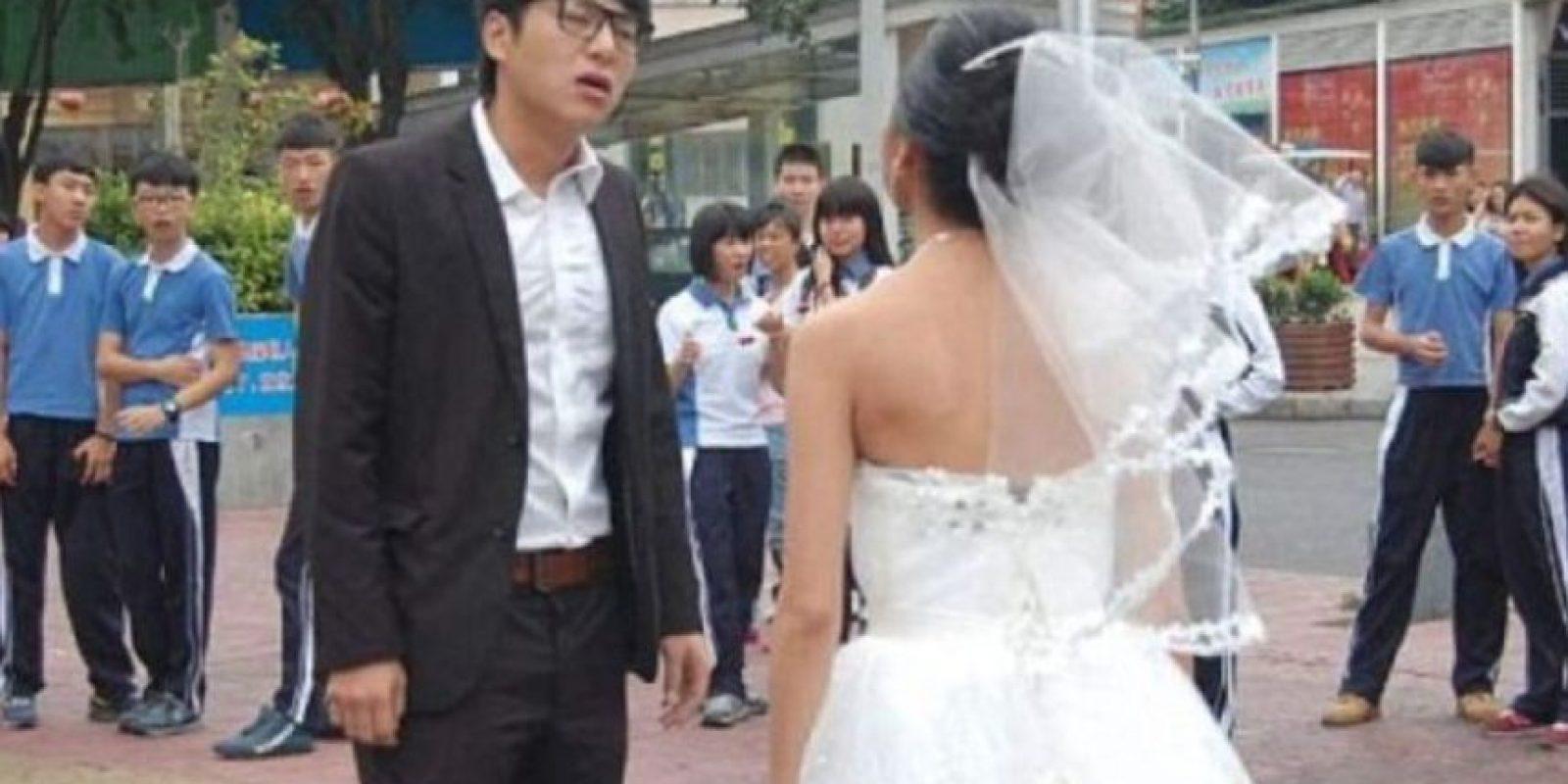 Se maquilló como anciana y creyó que su marido la recibiría con un gesto romántico. Foto:Weibo