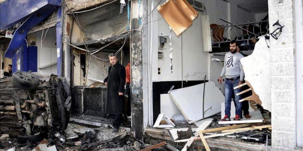 Al menos 10 muertos en un atentado con coche bomba en Siria, según activistas