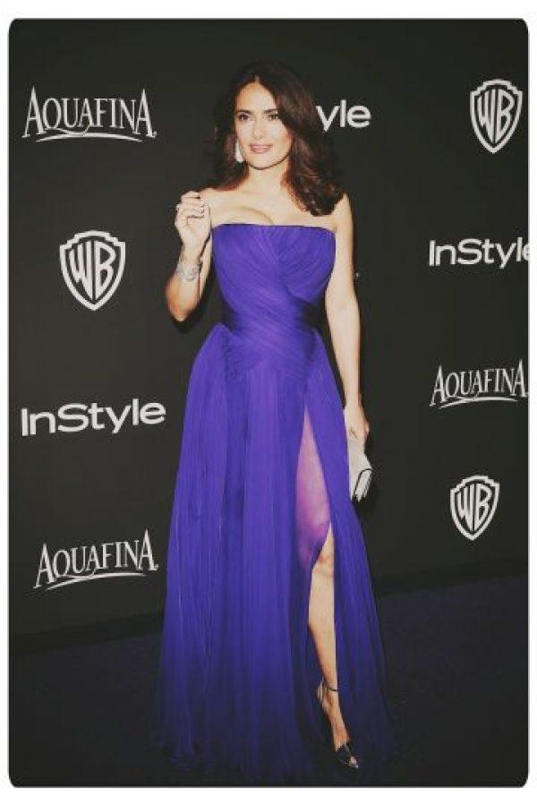 Salma Hayek una de las celebridades latinas con mayores ingresos de Hollywood. Sin embargo, en 2009 decidió casarse con el mega magnate Francés François-Henri Pinault, presidente de una compañía que comercializa artículos de lujos Foto:Getty Images