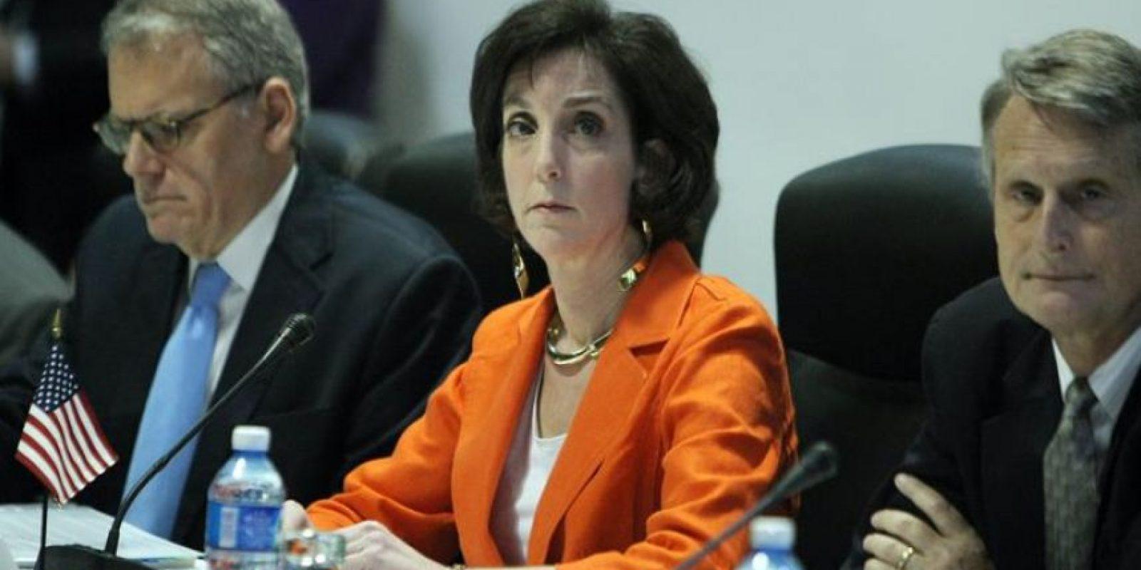 La secretaria de Estado adjunta para Latinoamérica, Roberta Jacobson, asiste a una reunión en el Palacio de Convenciones de La Habana (Cuba). EFE