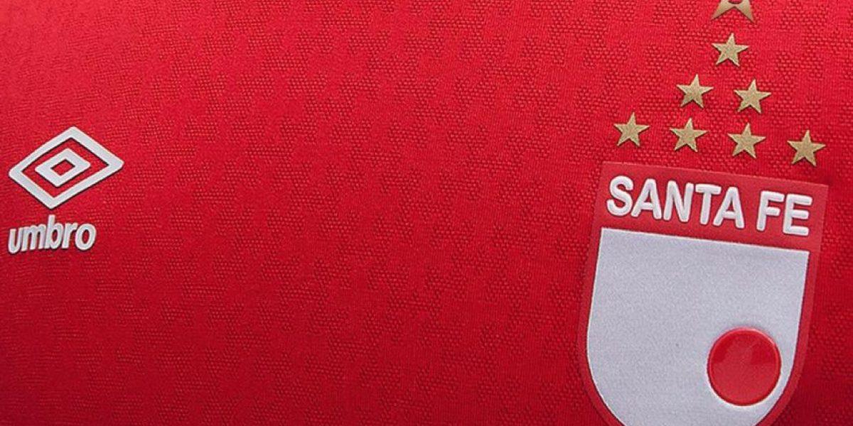 Polémica en la hinchada por camiseta de Santa Fe ¿Qué tal?