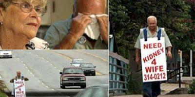 Su esposa necesitaba un trasplante de riñón y él salía con un aviso por las calles todos los días.