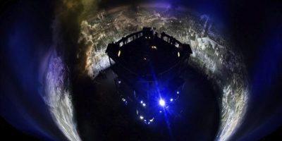 """Vista de la nueva pintura panorámica de 360 grados titulada """"Dresde 1945. Tragedia y esperanza de una ciudad europea"""" durante su presentación en el Panómetro Asisi, en Dresde, Alemania, hoy viernes 23 de enero de 2015. EFE"""