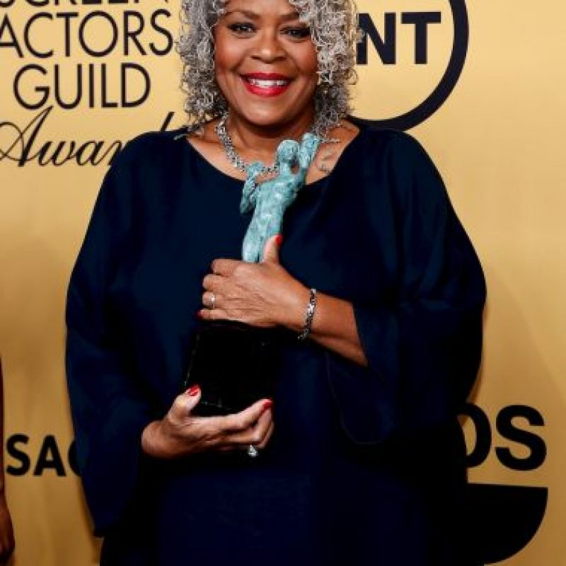 "Yvette Freeman como Mejor elenco de serie de comedia por ""Orange Is The New Black"". Foto: Getty Images"