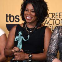"""Lorraine Toussaint como Mejor elenco de serie de comedia por """"Orange Is The New Black"""". Foto:Getty Images"""