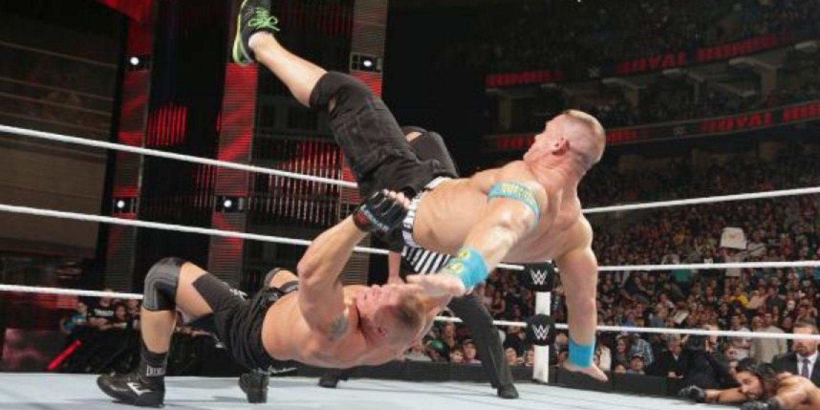 Brock Lesnar retuvo el título Foto:WWE