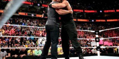 Roman Reigns ganó la batalla real Foto:WWE