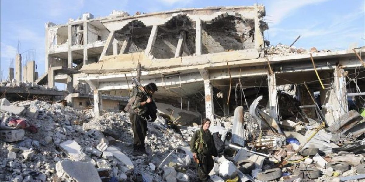 Las fuerzas kurdas continúan su avance frente al EI en la periferia de Kobani