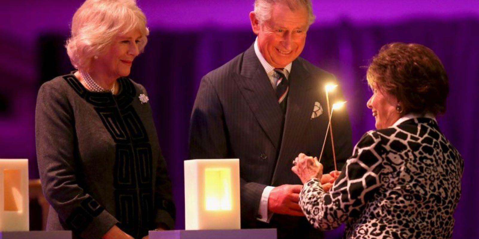 Príncipe Carlos y su esposa Camila , encabezaron la ceremonia en Londres Foto:Getty Images