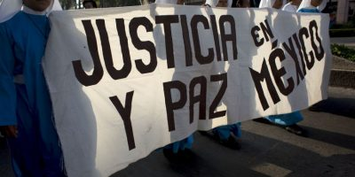 Imágenes de las protestas en Ciudad de México por los 43 estudiantes de Ayotzinapa Foto:AP