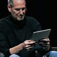 Steve Jobs en la presentación del iPad Foto:Getty Images