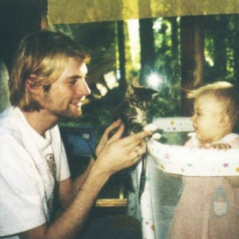 Cuando Kurt Cobain falleció, Frances tenía un año y medio. Foto:Twitter/alka_seltzer666
