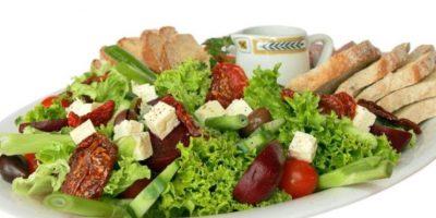 """""""Tira la ensalada"""" (Salad Tossing):Es una manera correcta para referirse al sexo oral pero no en los genitales. Foto:Wikipedia"""