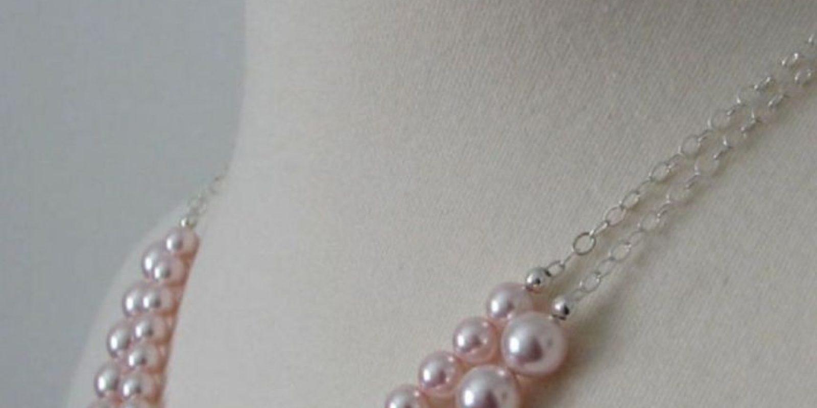 """""""Collar de Perlas"""": Una persona eyacula sobre el pecho de su pareja. Así se le llama al residuo. Foto:Wikipedia"""