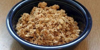 3. Granola. Una taza contiene 450 calorías, equivalente a más de cuatro chocolates pequeños. Además, a la mayoría de los productos con granola se les agrega importantes cantidades de azúcar. Foto:Tumblr.com/Tagged-granola