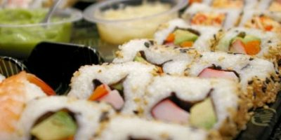 5. Sushi. Un rollo de sushi tiene entre 290 y 350 calorías, además tiene tantos carbohidratos que equivale a comerse entre dos y cuatro panes. Foto:Tumblr.com/Tagged-sushi