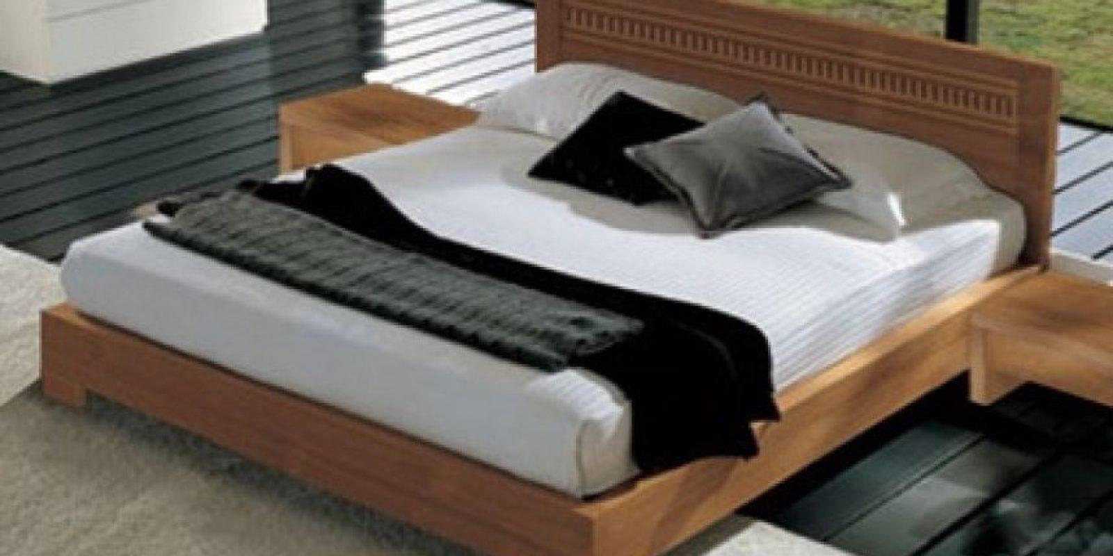 Investigadores españoles estudiaron 84 enfermos de dolor de espalda y encontraron que los que utilizan colchones blandos son más propensos a necesitar analgésicos que aquellos que duermen en camas duras. Foto:Decorandocasa.com