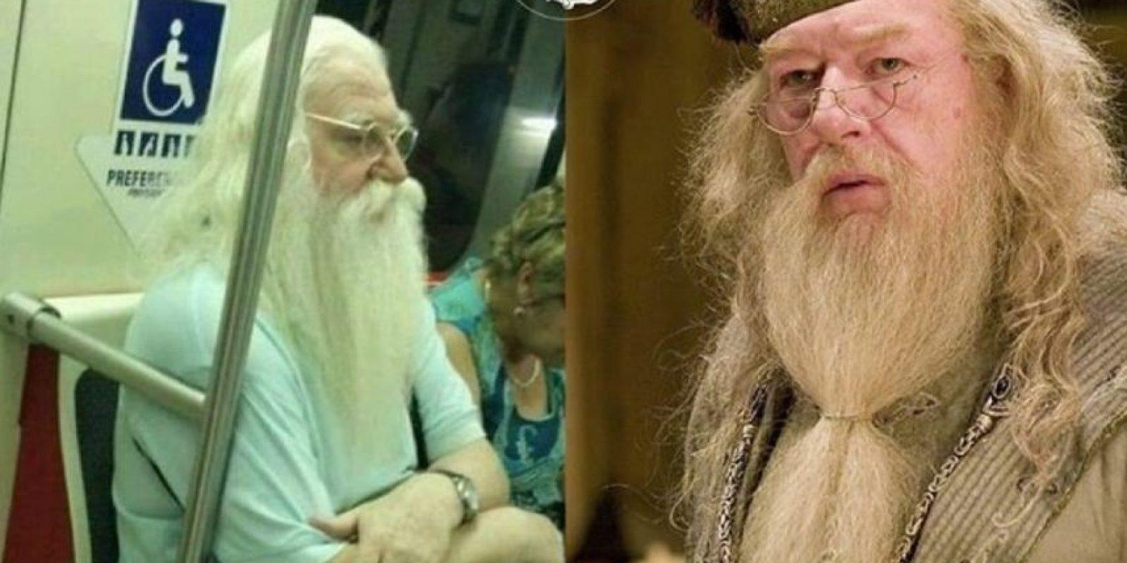 Dumbledore Foto:Parecidos De Bondis/Facebook