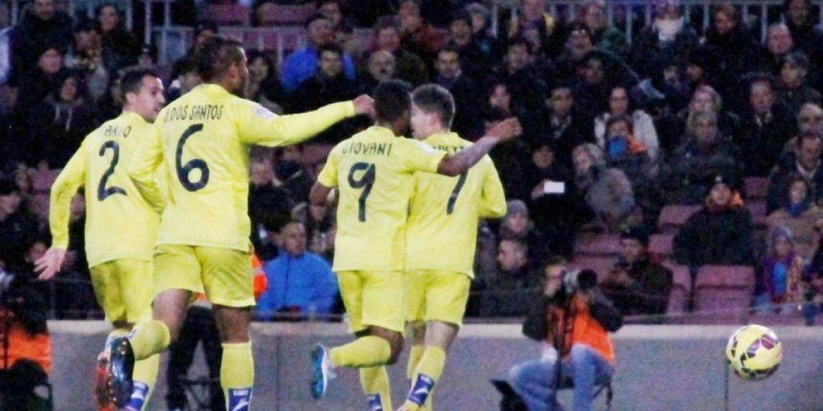 Los hermanos Dos Santos disfrutan su partido contra Barcelona