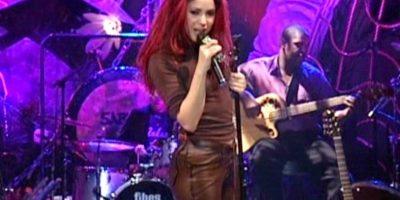 1999 Foto:Sony Music Latin, Columbia