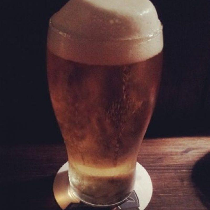 8. Actúa como afrodisíaco, El lúpulo de la cerveza hace que la gente se sienta bien y aumenta su estado de ánimo, además de tener propiedades afrodisíacas, según informa Marion Gluck, experta en equilibrios hormonales, con información de Daily Mail. Foto:Tumblr.com/Tagged-cerveza