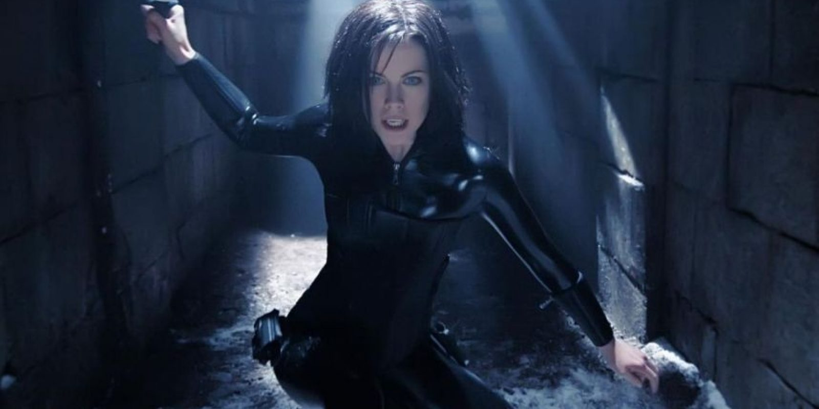 "Kate Beckinsale como ""Selene"" en ""Inframundo"" Foto: Screen Gems"