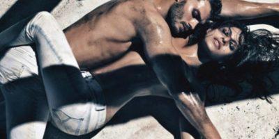 Ver a Christian Grey desnudo era ver a una visión. Y Jamie Dornan no desmerece en nada. Foto:Calvin Klein