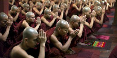 """El doctor y famoso monje budista Barry Kerzin dijo al diario que el hombre no está muerto sino en un """"profundo trance meditativo"""" llamado """"tukdam"""". Foto:Getty"""