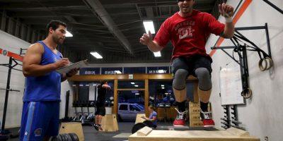 Lo ideal para este tipo de personas es buscar deportes y ejercicios en los que se necesite combinar la fuerza, con el fondo físico y la potencia. Foto:Getty Images