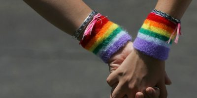 3. El legislador trabaja en una medida que prohibiría las bodas entre transexuales, luego de que una pareja lograra casarse porque sus documentos indicaban que era un hombre. Foto:Getty