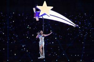 1 de febrero: Katy Perry deslumbra en el Superbowl Foto:AFP