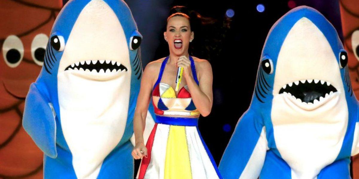 Katy Perry contrató un abogado para los tiburones del Super Bowl