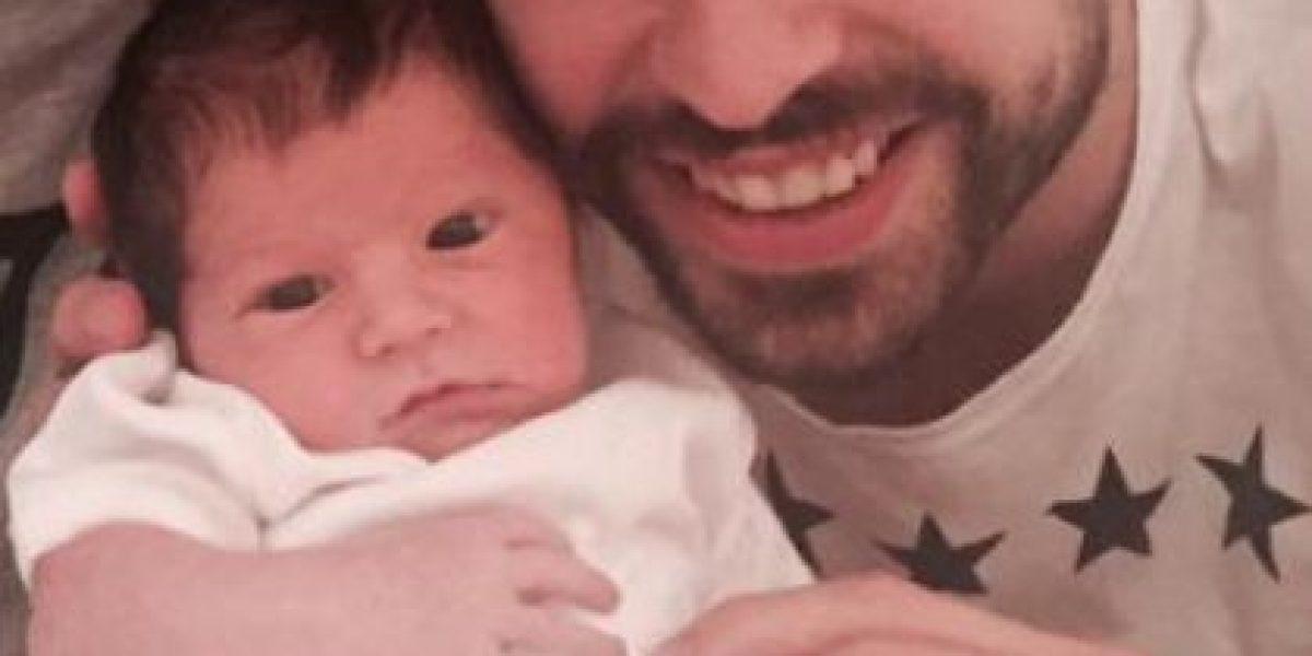 FOTOS: ¡Feliz! Gerard Piqué muestra primera imagen con su hijo Sasha