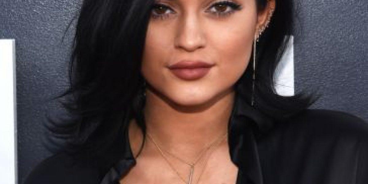 ¡Otra vez! Kylie Jenner cambia de look y publica foto con dreadlocks