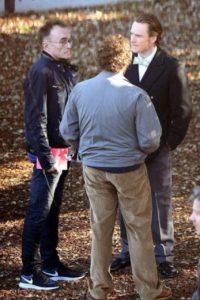 Los actores principales en una charla previa al rodaje Foto:9to5mac