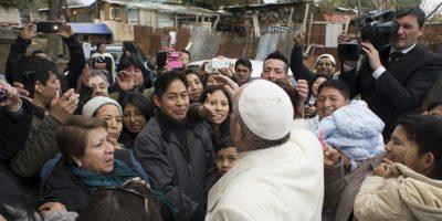 La gente agradeció el acercamiento. Foto:AP