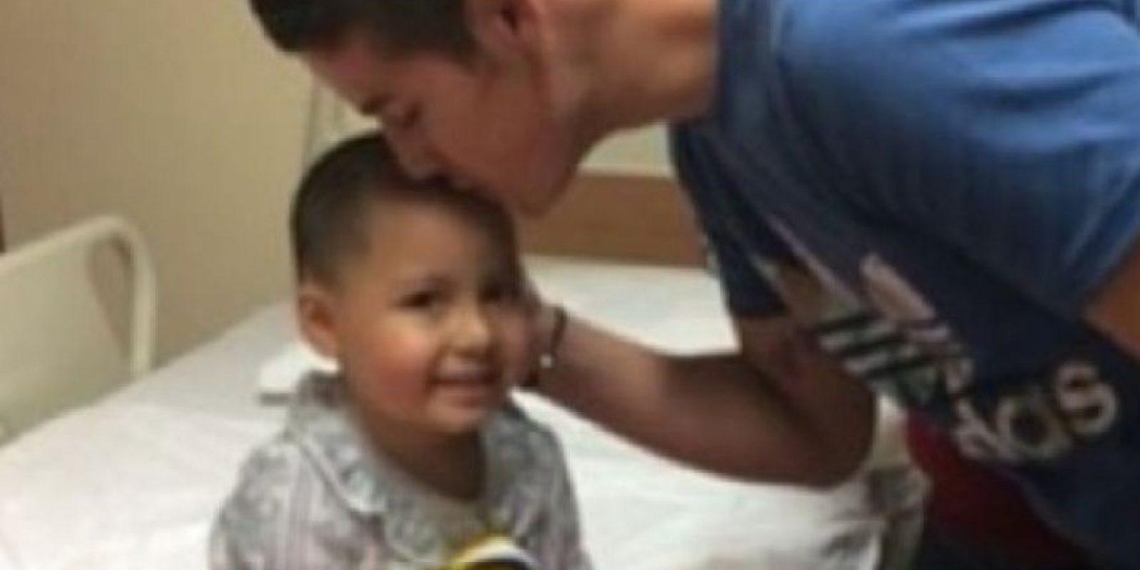 James Rodríguez tiene gran apego a sus seguidores. El colombiano también visita a los hinchas en el hospital. Foto:instagram.com/jamesrodriguez10