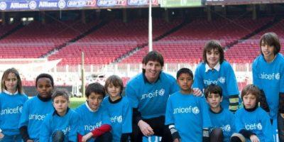 Lionel Messi apoya a pequeños a través de su fundación. Foto:facebook.com/LeoMessi