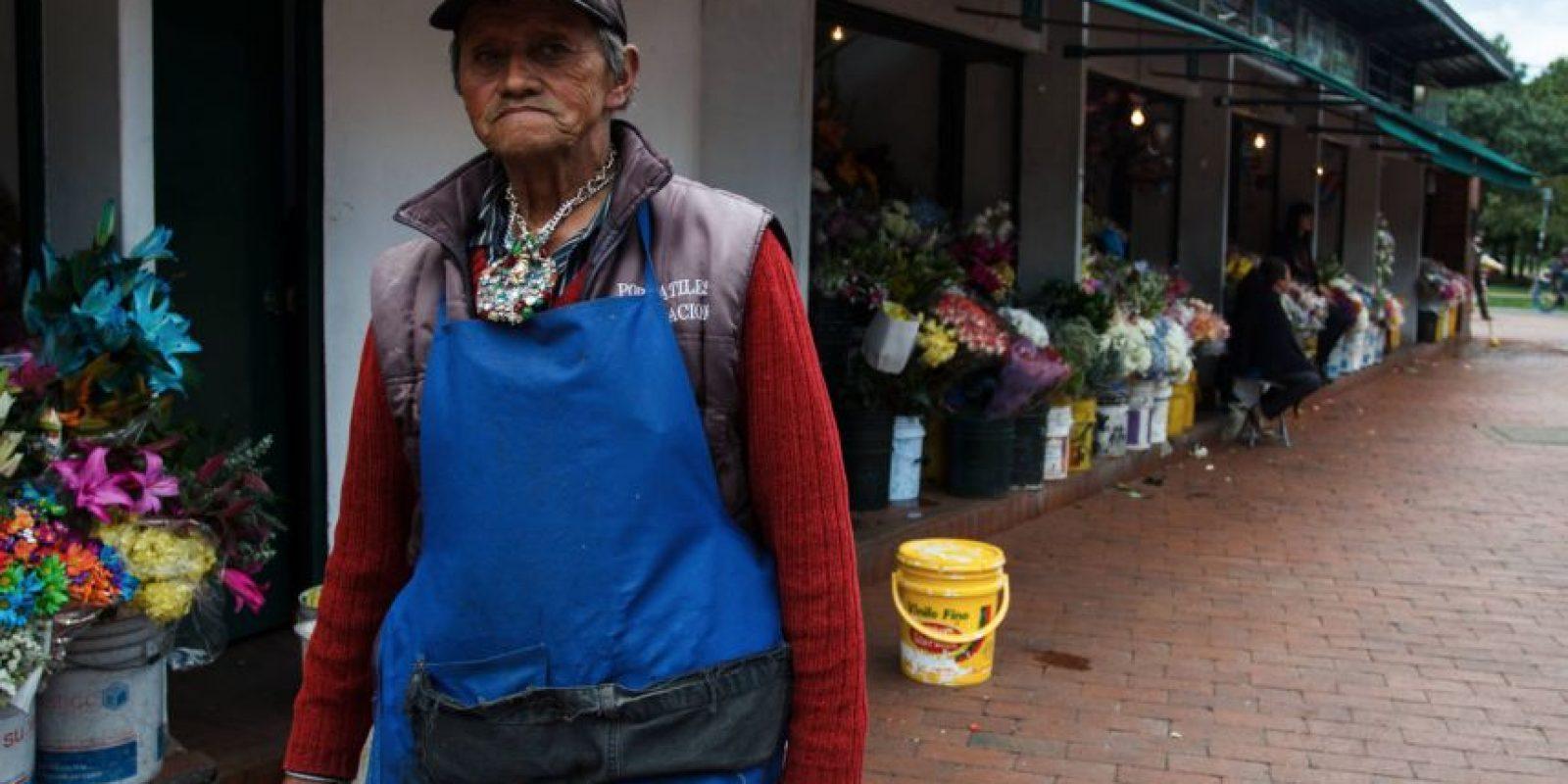 Don José Cruz es florista y asegura haber viajado a lugares en el universo donde nadie jamás ha ido. Foto:Juan Pablo Pino / Publimetro
