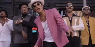7.    Uptown Funk – Mark Ronson Feat. Bruno Mars