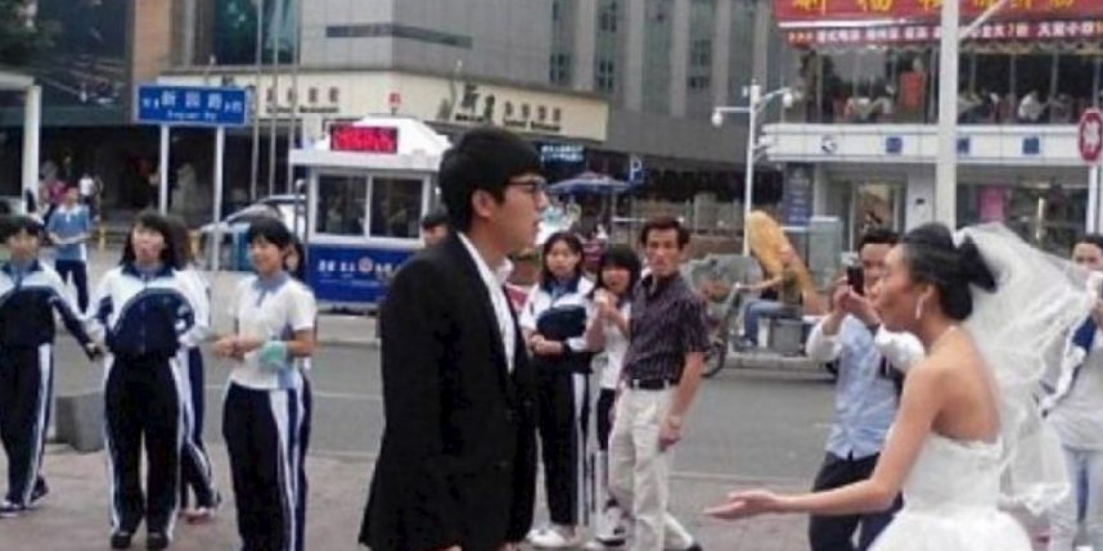 Generó más bien una escena humillante Foto:Weibo