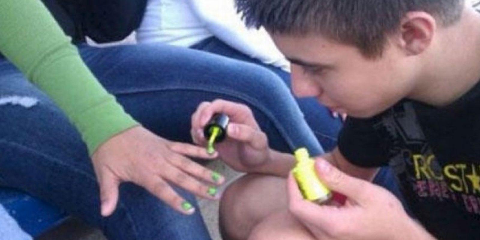 Manicurista. Foto:Facebook