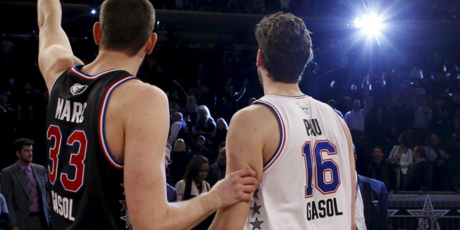 Los hermanos Marc y Pau Gasol fueron titulares en el Oeste y Este, respectivamente Foto:AP
